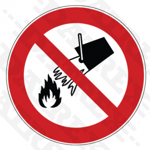 P011 Do not extinguish with water