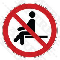 P018 No sitting